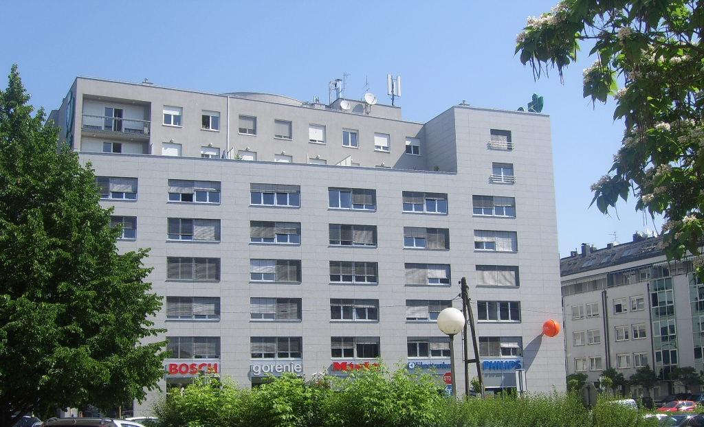 Zgrada u Garićgradskoj ulici 18, Zagreb, pogled s Ulice grada Vukovara