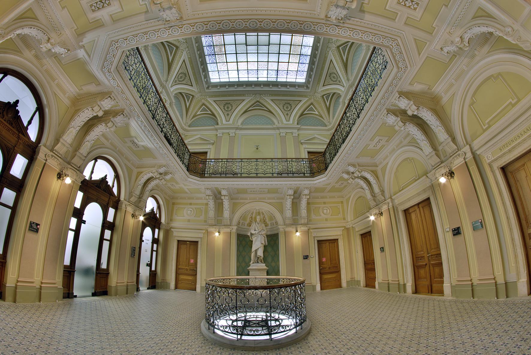 Aula u direktnoj direkciji u Grazu